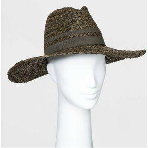 Women's Wide Brim Woven straw Hat